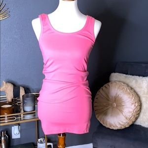 Dresses & Skirts - Pink body con tank top dress XS
